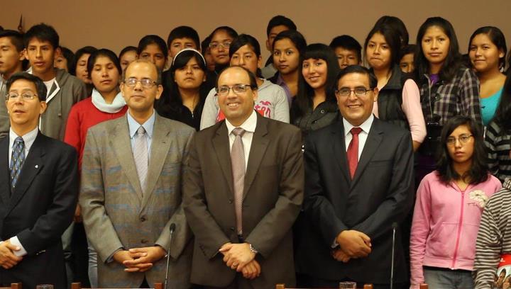 Estudiantes del Programa «Beca 18» en la UARM