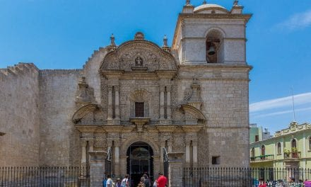 """Plataforma Arequipa: Ciclo de Conferencias """"Nuestra realidad"""""""