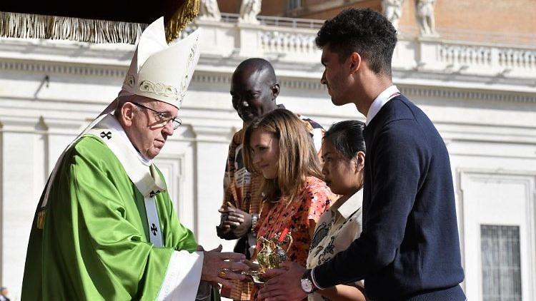 Comenzó el Sínodo de Jóvenes en Roma