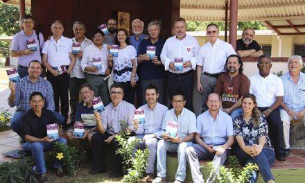 Se presentó el libro «La Compañía de Jesús y el Derecho Universal a una Educación de Calidad»