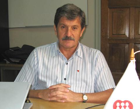 """Javier Quirós SJ: """"Hay un nuevo pacto por hacer entre la escuela y la familia"""""""