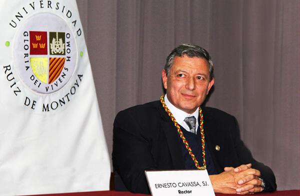 P. ERNESTO CAVASSA SJ JURAMENTÓ COMO NUEVO RECTOR DE LA UNIVERSIDAD ANTONIO RUIZ DE MONTOYA