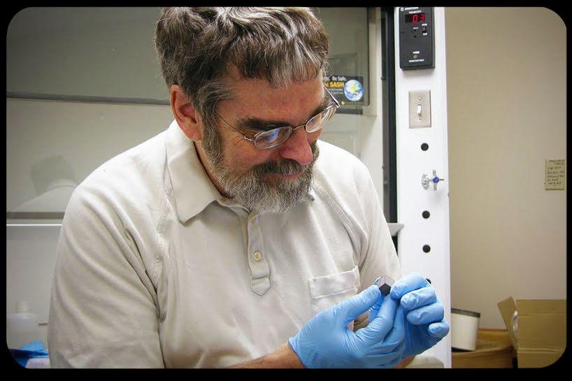 Guy Consolmagno, astrónomo Jesuita , recibe medalla Carl Sagan