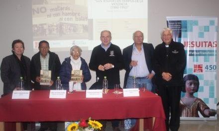 """Libro """"Los jesuitas en tiempos de la violencia"""" se presentó en Ayacucho"""
