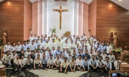 Padre General en Vietnam
