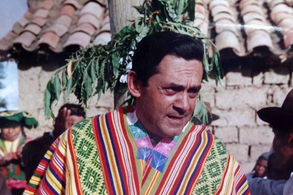 Chuquisengo presenta obra inspirada en el P. José María García SJ y en sus viajes a Quispicanchi