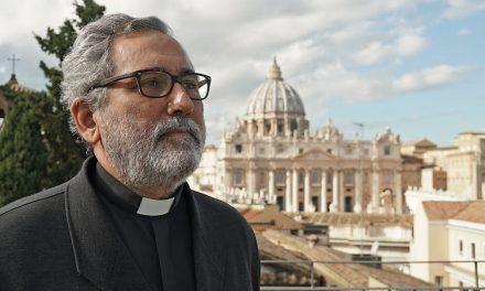 Jesuita español es el nuevo responsable de la economía del Vaticano