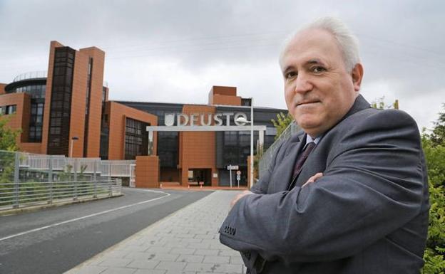 José María Guibert SJ seguirá como Rector de la Universidad de Deusto