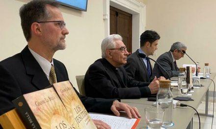 """Nuevo libro: """"Los Jesuitas: Del Vaticano II al Papa Francisco"""""""