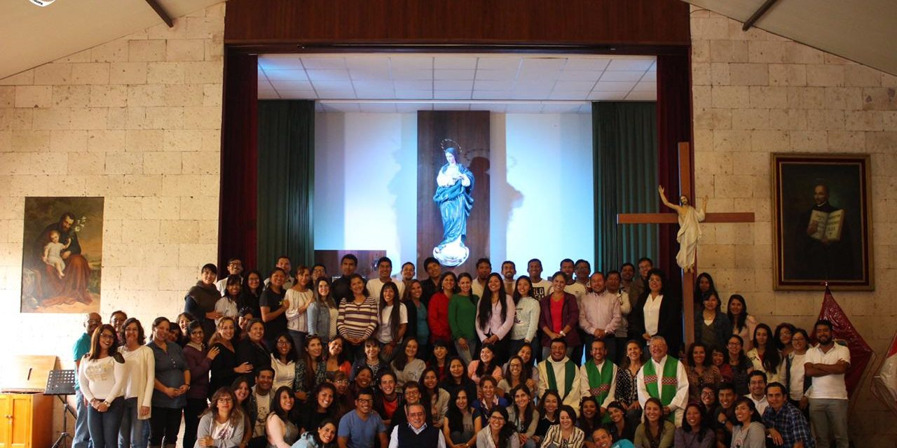 Ejercicios Espirituales del Colegio San José de Arequipa