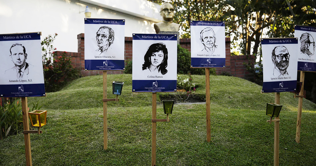 Comienza juicio por el asesinato de seis jesuitas y dos mujeres en El Salvador
