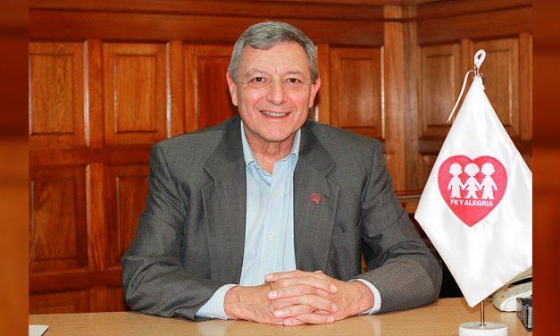 P. Ernesto Cavassa SJ, nuevo miembro del Consejo Nacional de Educación