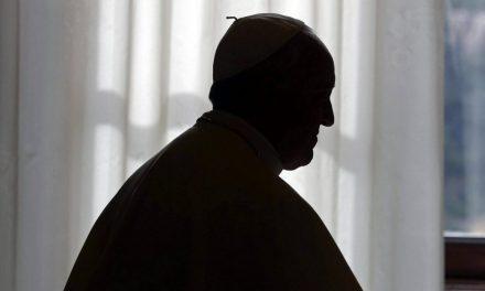 El Papa Francisco deja sin fondos a la Secretaría de Estado para tomar el control de las finanzas vaticanas