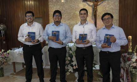 Cuatro jóvenes peruanos pronunciaron sus Primeros Votos como jesuitas