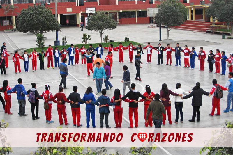"""Únete a """"Transformando corazones"""", el voluntariado de Fe y Alegría Perú"""