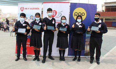 Campaña de Fe y Alegría y RPP sigue llevando tablets a escolares