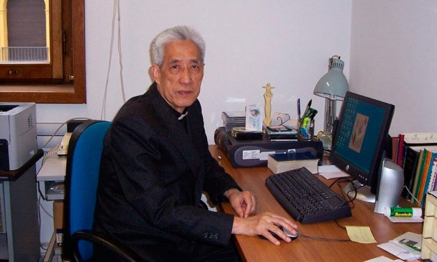 Falleció el P. Shih, jesuita que colaboró en Radio Vaticano