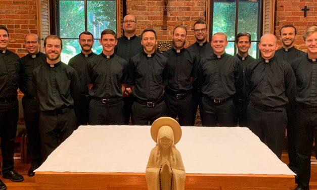 La Compañía de Jesús da la bienvenida a 34 nuevos novicios